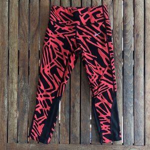 Nike drifit Black and red Capri leggings size XS